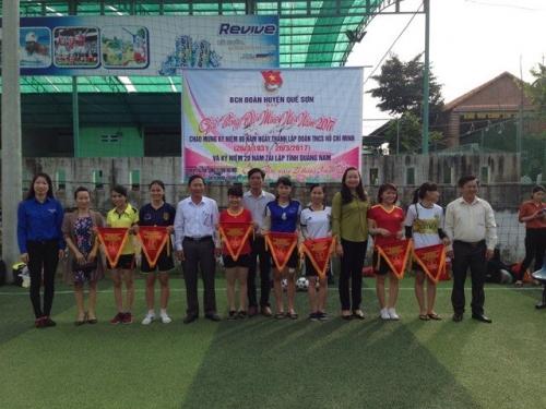 Giải bóng đá Mini nữ năm 2017