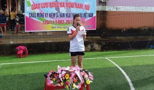 Hội đồng Đội huyện tổ chức giao lưu bóng đá nam, nữ chào mừng kỷ niệm 34 năm ngày Nhà giáo Việt Nam