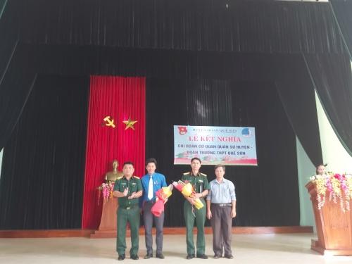 Lễ kết nghĩa giữa Chi đoàn Cơ quan quan sự huyện  và Đoàn trường THPT Quế Sơn