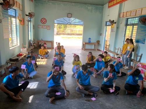 Quế An: CLB Kết nối sức trẻ tổ chức sinh hoạt kỷ niệm 130 năm Ngày sinh Chủ tịch Hồ Chí Minh