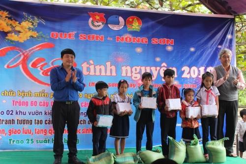 Quế Sơn – Nông Sơn: Tổ chức chương trình Xuân tình nguyện 2019  hưởng ứng Năm Thanh niên tình nguyện