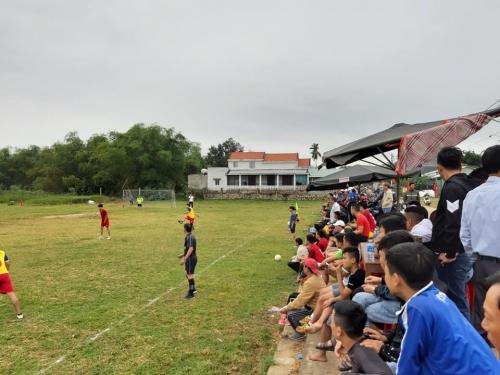 Quế Xuân 1: Tổ chức giải bóng đá mini Nam tứ hùng kỷ niệm 90 năm Ngày thành lập Đảng Cộng sản Việt Nam
