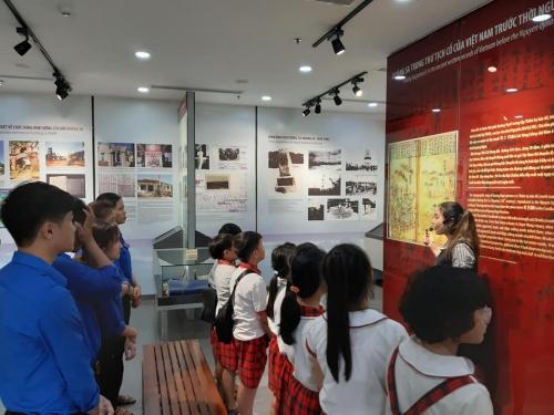 Quế Xuân 1 tổ chức hành quân về Bảo tàng Hoàng Sa, tuyên truyền  biển, đảo cho TTN