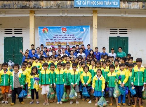 Quế Xuân 2- Quế Phong: Tổ chức chương trình Tình nguyện mùa Đông năm 2018 và Xuân tình nguyện năm 2019