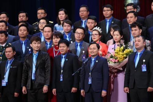 Ra mắt 137 anh, chị tham gia Ủy ban Trung ương Hội LHTN Việt Nam khóa VIII